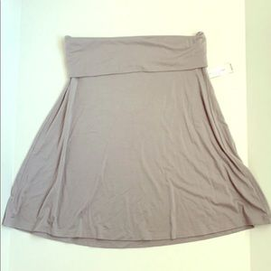 NWT Gray Soft Fold Over Skirt